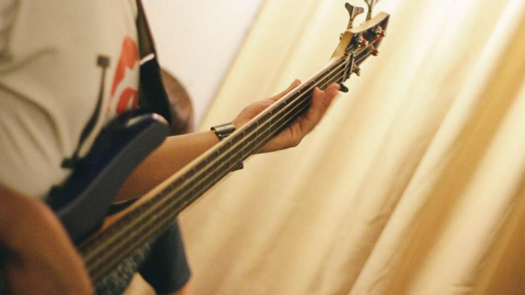bass strap