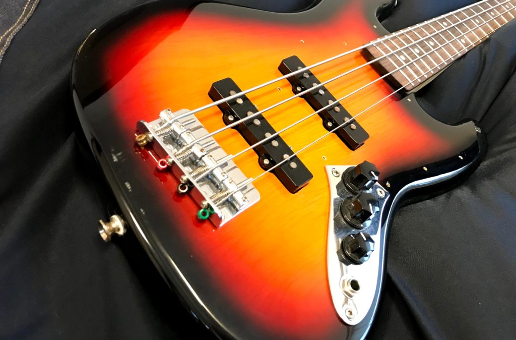 compact bass5